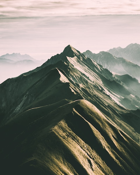picture of a mountain